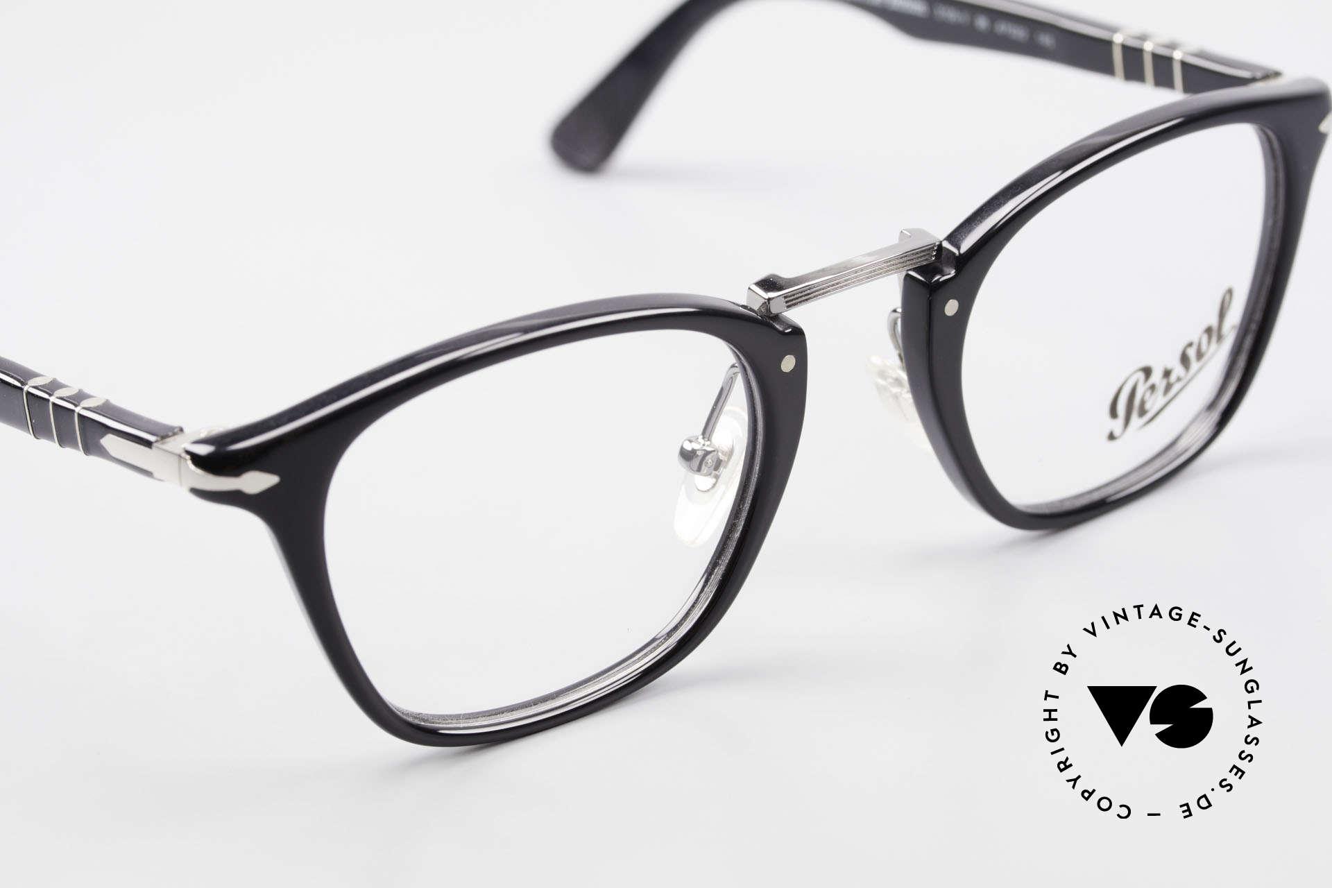 Persol 3109 Typewriter Edition Fassung, eine Neuauflage der alten Brillen von Persol Ratti, Passend für Herren und Damen