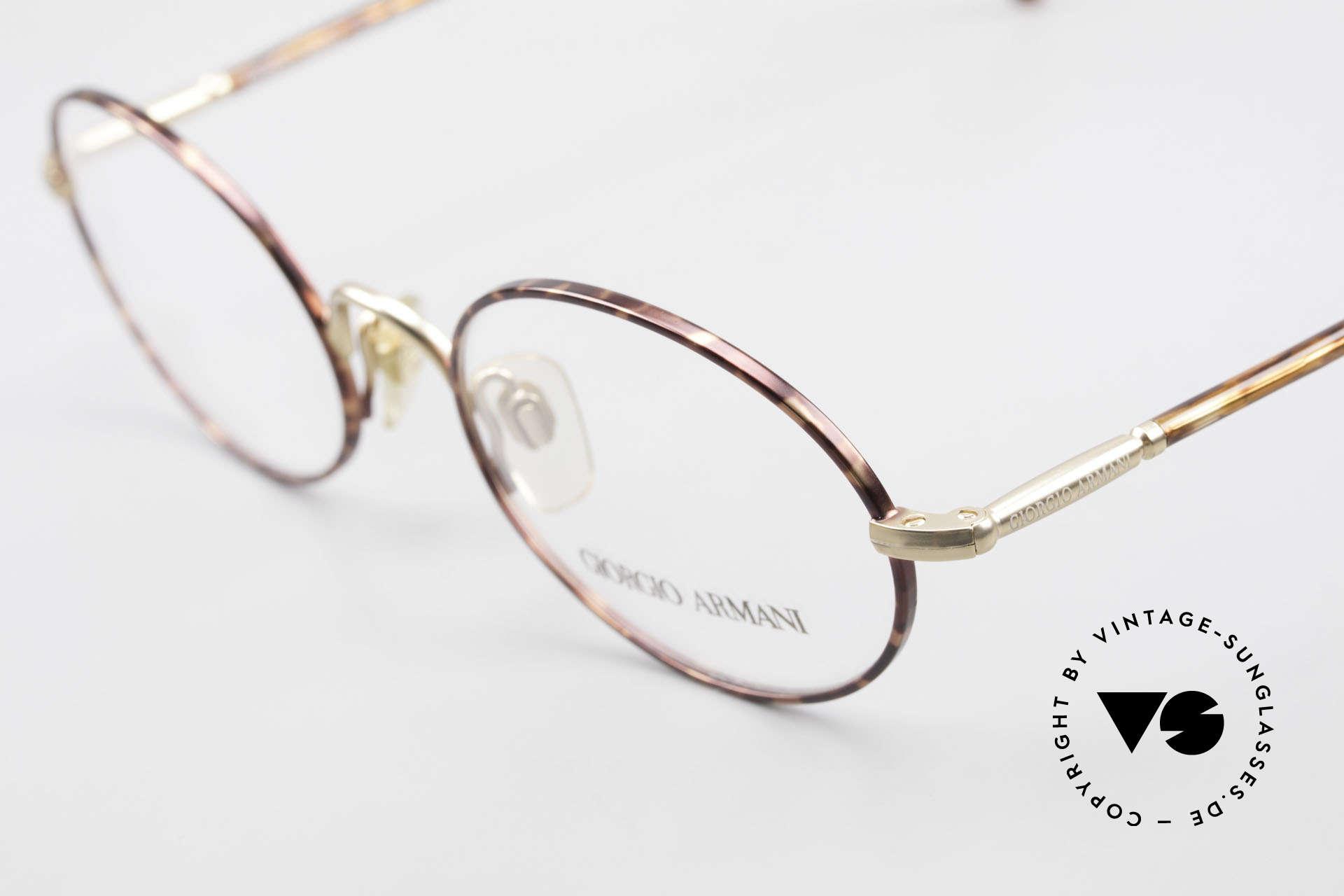 Giorgio Armani 189 Ovale Designerbrille 1990er, ungetragen (wie alle unsere vintage Designerbrillen), Passend für Herren
