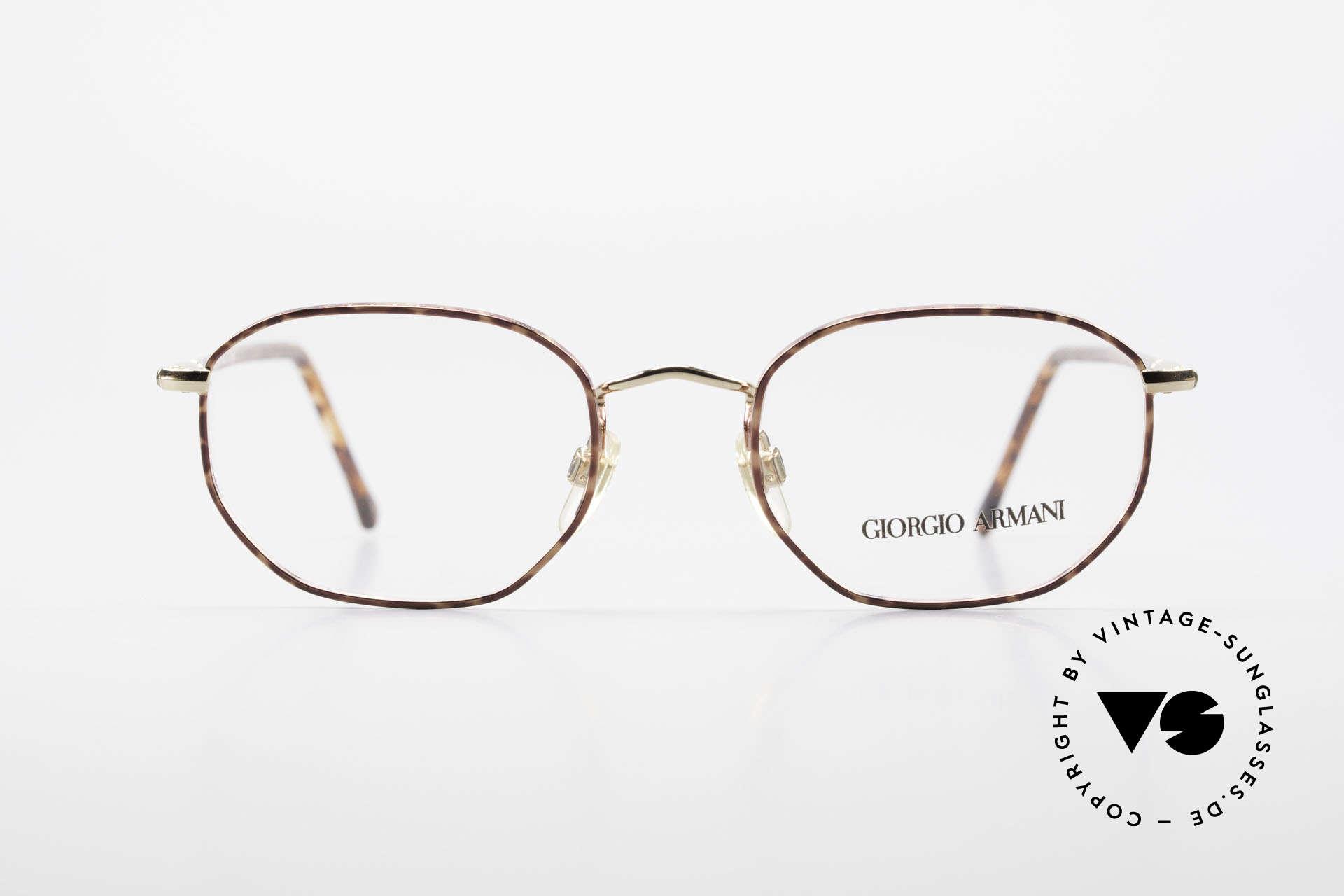 Giorgio Armani 187 Klassische 90er Herrenbrille, sehr klassische Herrenform (eher eine kleine Größe), Passend für Herren