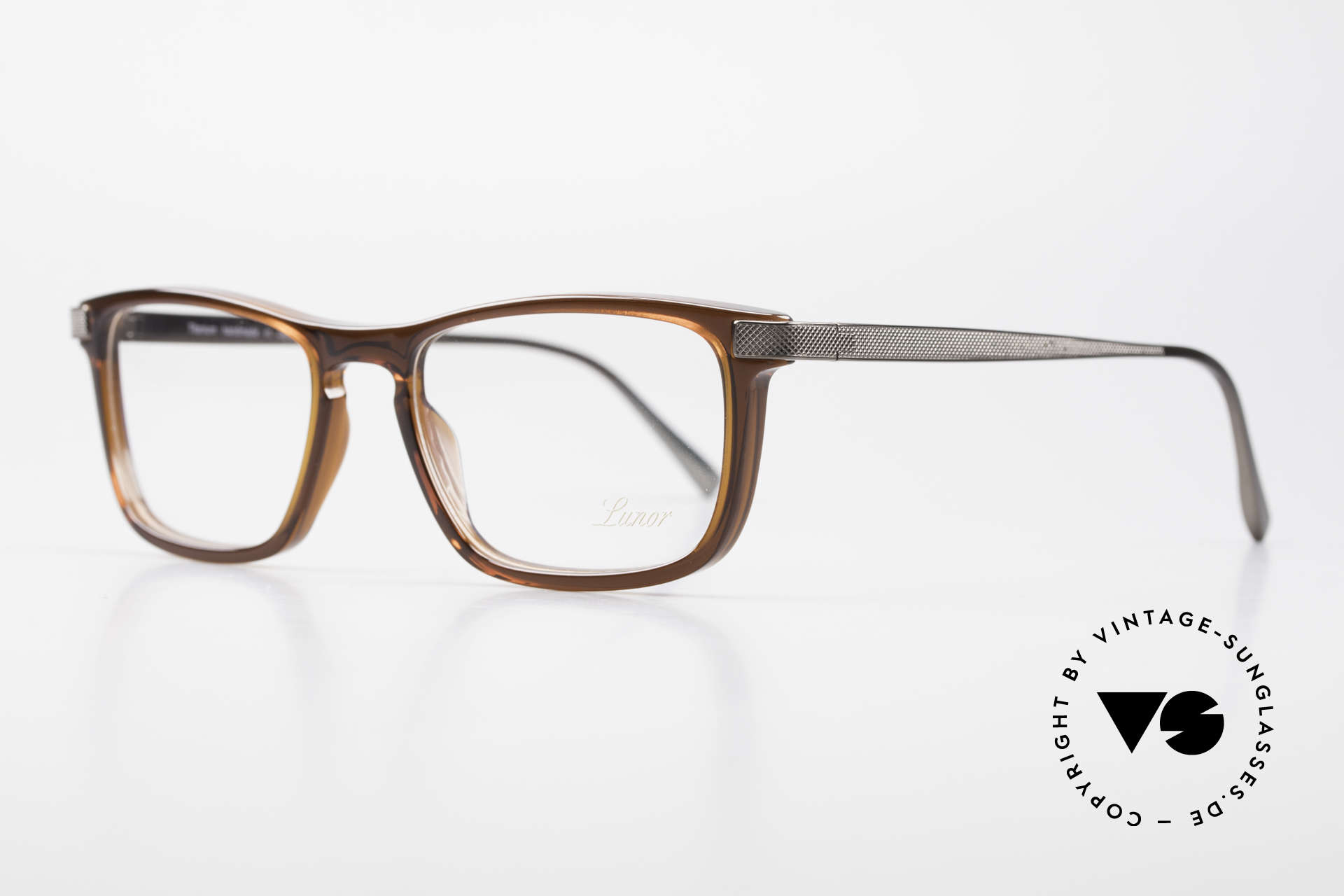 """Lunor Imperial Anatomic Titanium Brille 2012 Unisex, LUNOR = französisch für """"Lunette d'Or"""" (Goldbrille), Passend für Herren und Damen"""