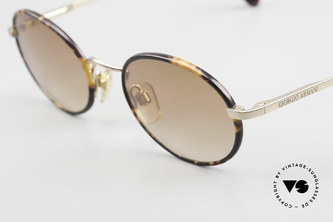 Giorgio Armani 235 Ovale Vintage Sonnenbrille, einfach nur stylisch und in absoluter Spitzen-Qualität, Passend für Herren und Damen