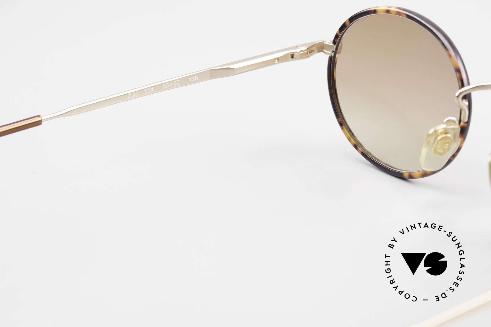 Giorgio Armani 235 Ovale Vintage Sonnenbrille, die Fassung (in Gr. 50-20) ist auch optisch verglasbar, Passend für Herren und Damen