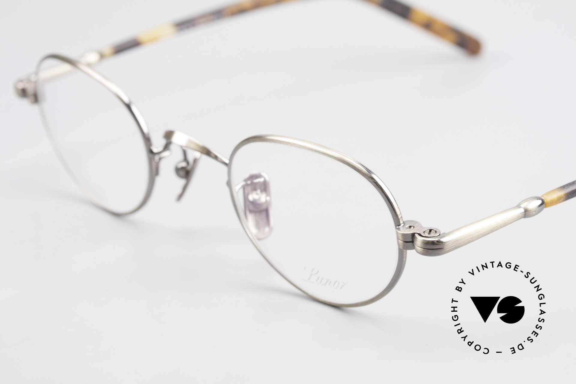 Lunor VA 103 Lunor Brille Altes Original, Model VA 103: Bügel aus einer Acetat-Metallkombi, Passend für Herren und Damen