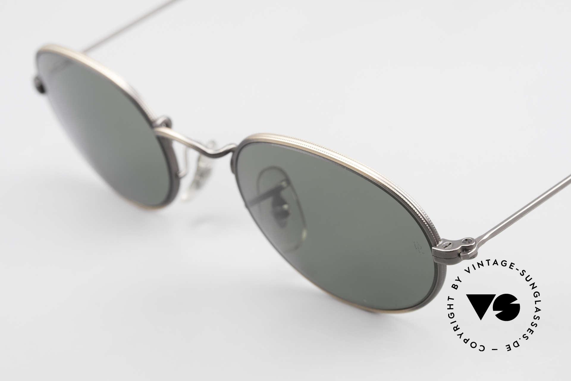Ray Ban Classic Style I Ovale Ray-Ban Sonnenbrille, ungetragen (wie alle unsere vintage USA Ray Bans), Passend für Herren und Damen