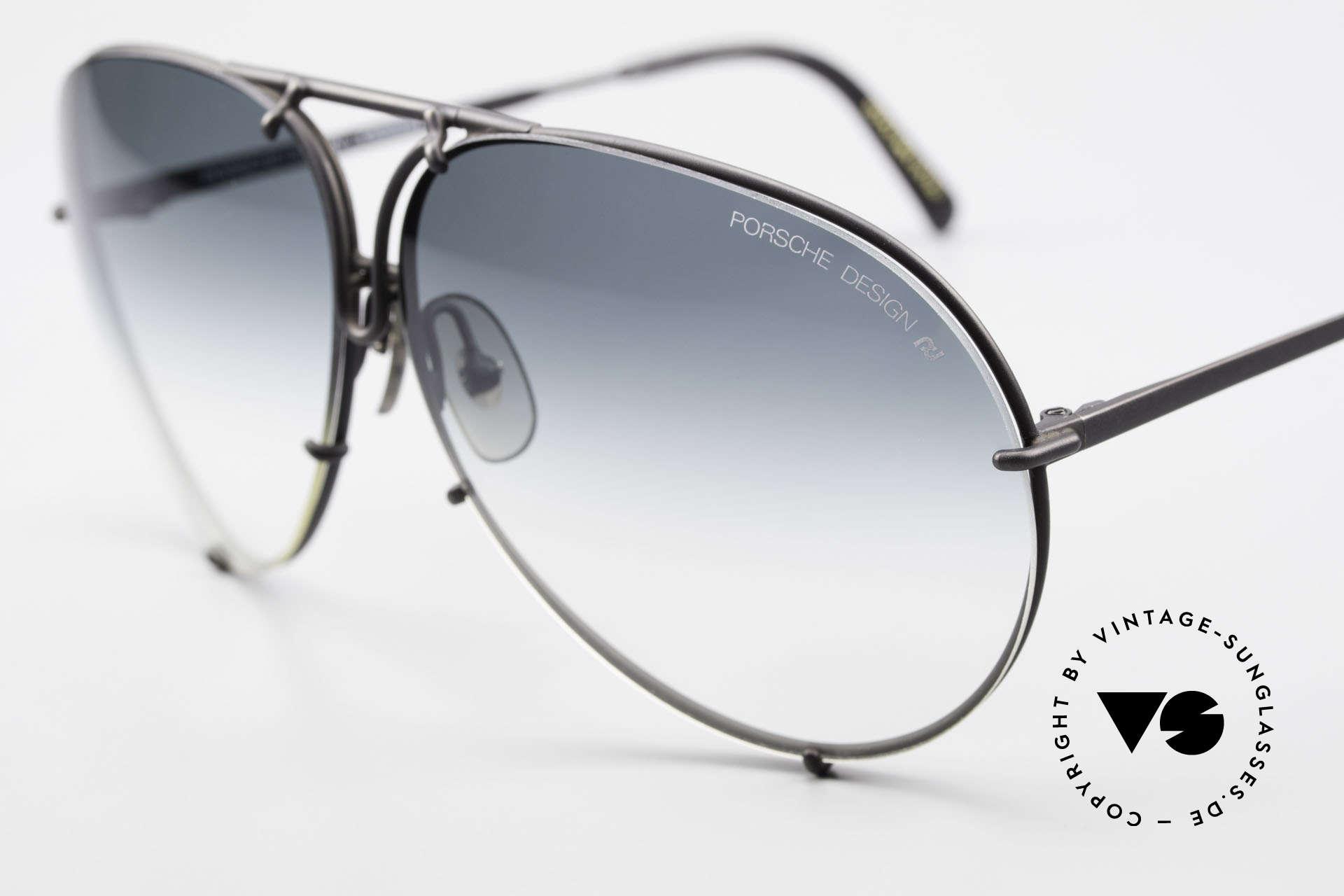 Porsche 5621 Alte 80er Aviator Sonnenbrille, legendäre Bestseller-Sonnenbrille aus den 1980ern, Passend für Herren