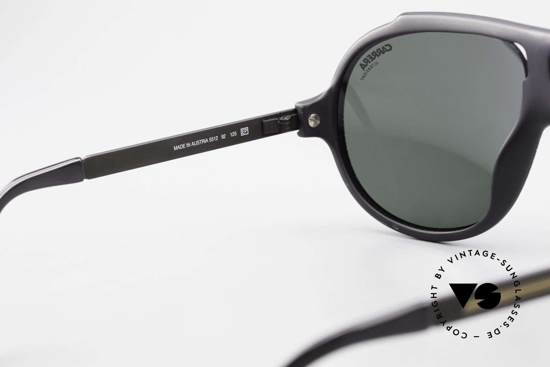 Carrera 5512 80er Kult Brille Miami Vice, sehr massiv, dennoch komfortabel dank OPTYL-Material, Passend für Herren