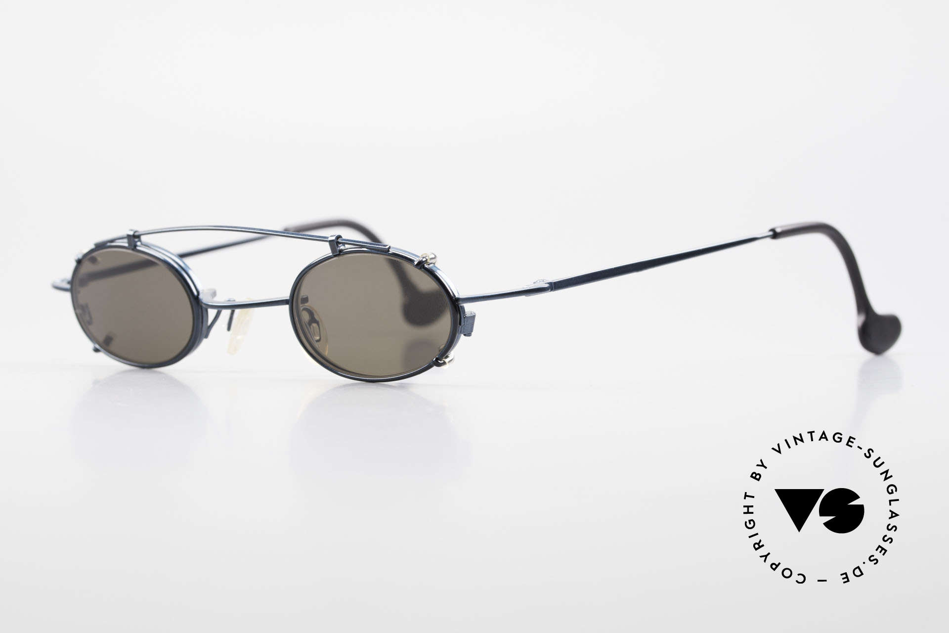 Theo Belgium Peter Ovale brille Mit Sonnen-Clip, Fassung in dunkel-türkis metallic und Clip in schwarz, Passend für Herren und Damen