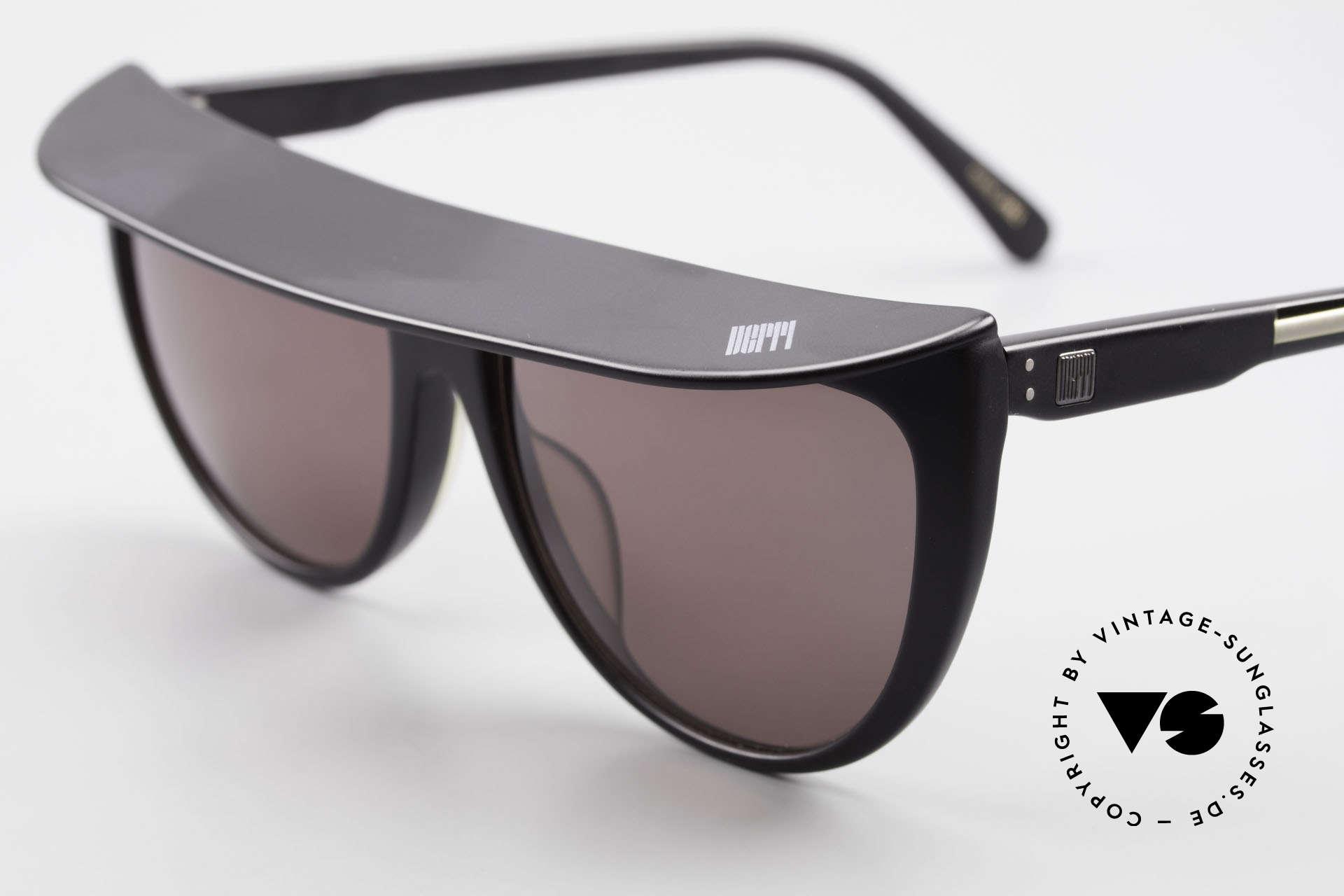 Ugppi 9801 Markisen Sonnenbrille 90er, ungetragen (wie alle unsere VINTAGE Insider Brillen), Passend für Herren und Damen