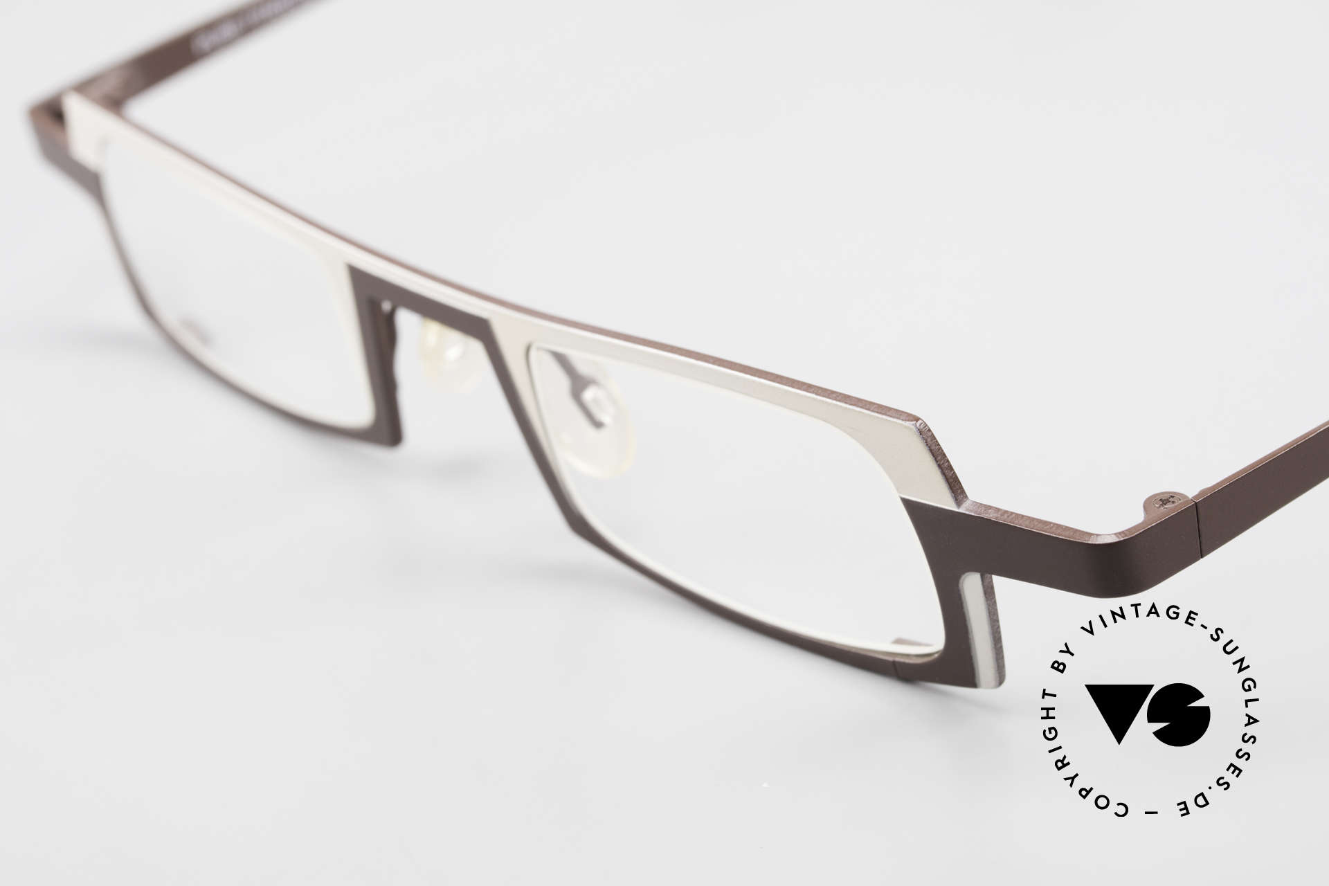 Theo Belgium Wimsey Eckige Herrenbrille Titanium, ungetragenes Theo-Exemplar für die, die sich trauen, Passend für Herren