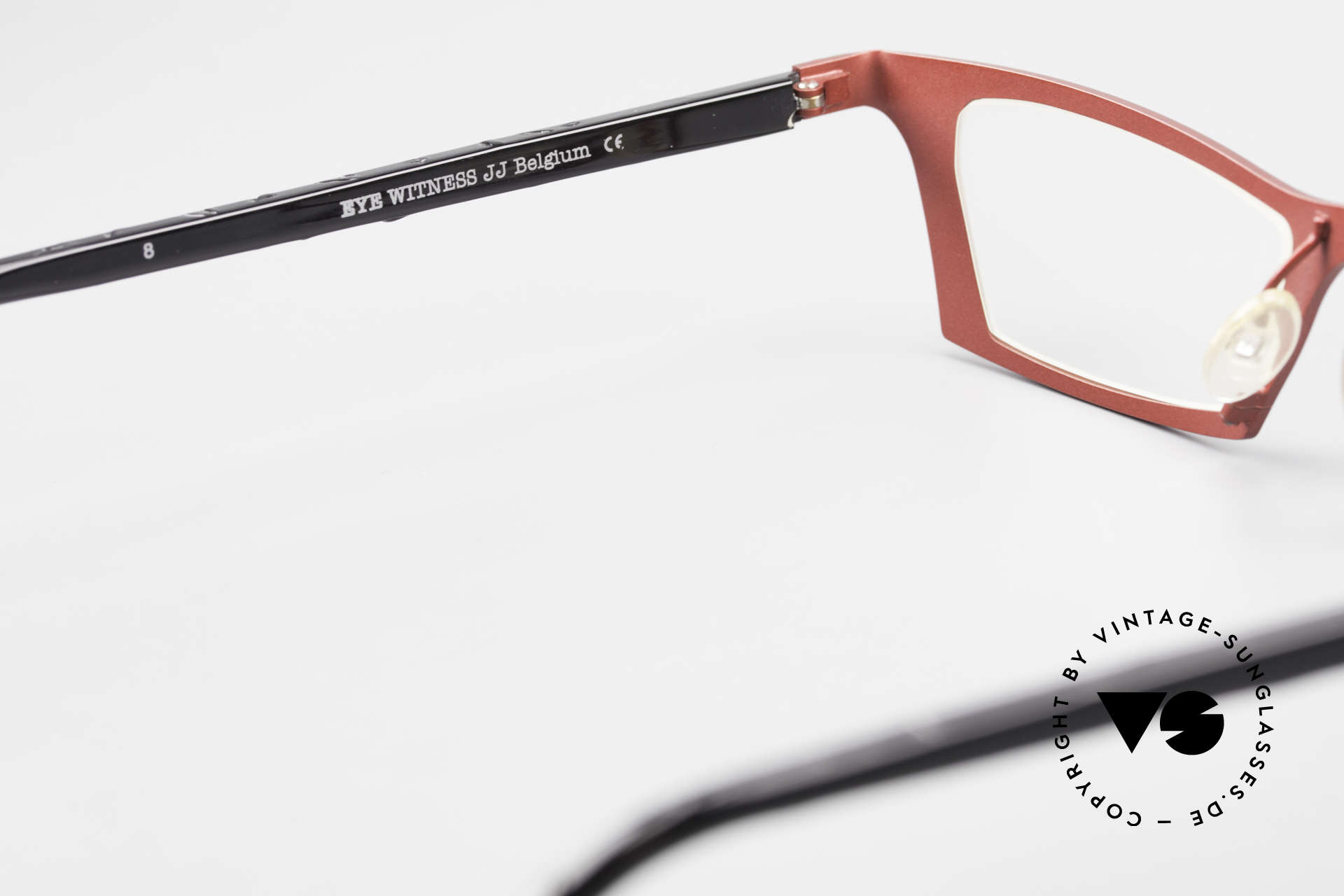 Theo Belgium Eye-Witness JJ Damenbrille Pure Titanium, DEMOgläser sollten durch optische ausgetauscht werden, Passend für Damen