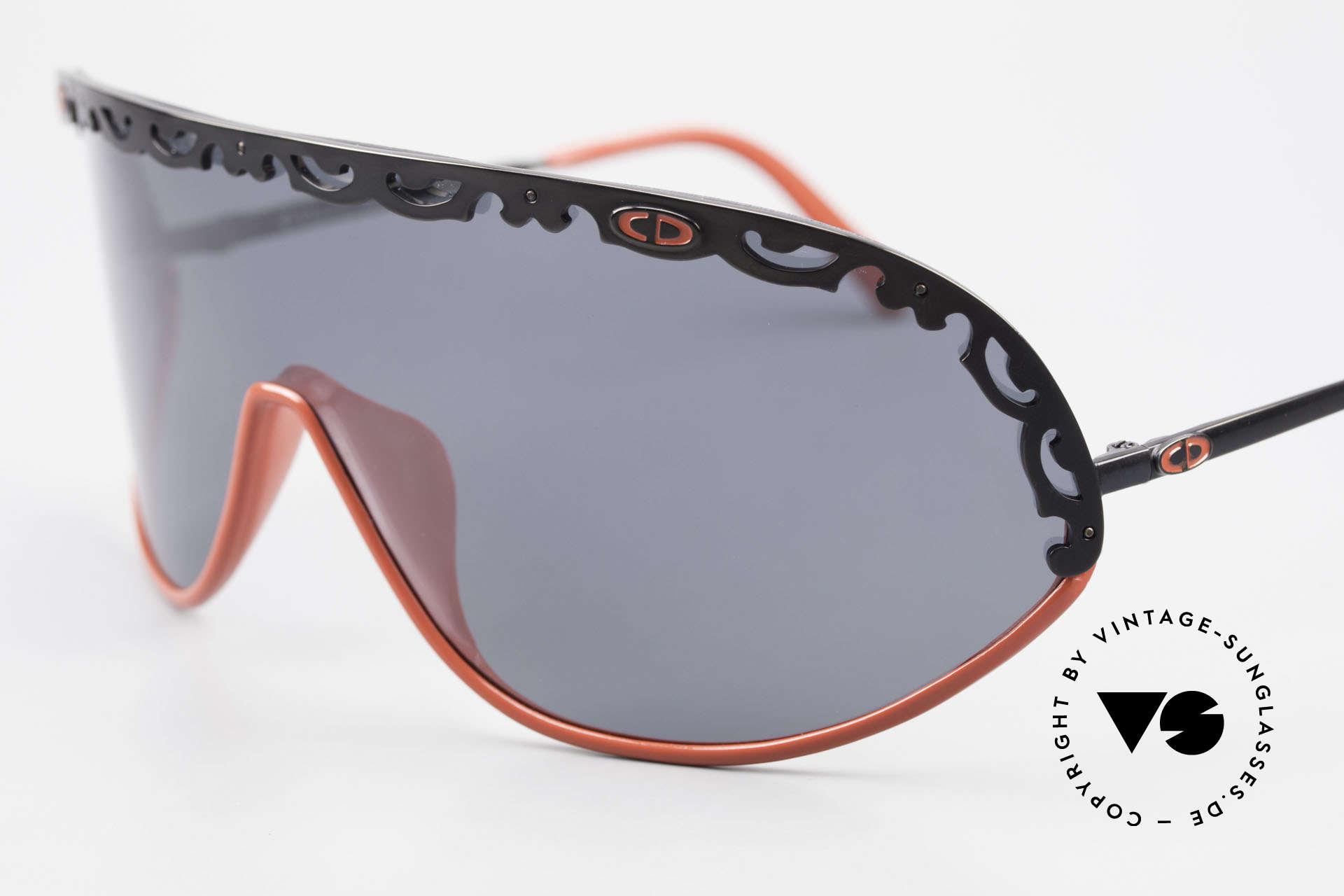 Christian Dior 2501 Polarisierende Sonnenbrille, funktionales Designerstück mit polarisierender Scheibe, Passend für Damen