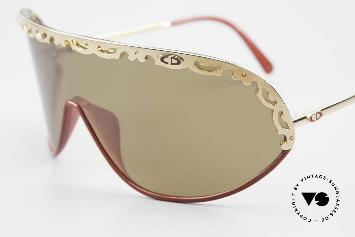 Christian Dior 2501 Panorama View Sonnenbrille, funktionales Designerstück mit polarisierender Scheibe, Passend für Damen