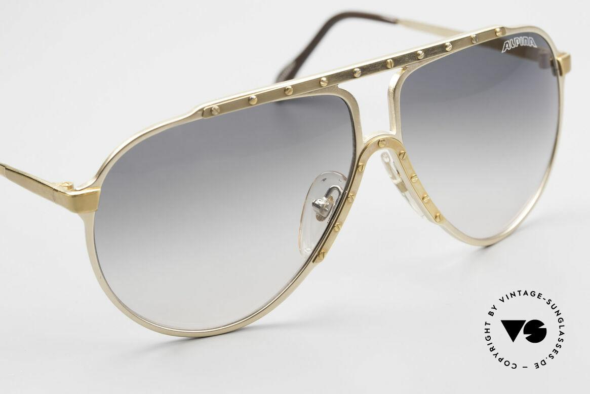 Alpina M1 80er Kult Vintage Sonnenbrille, Fassung: gold / gold mit grauen Originalgläsern, Passend für Herren und Damen