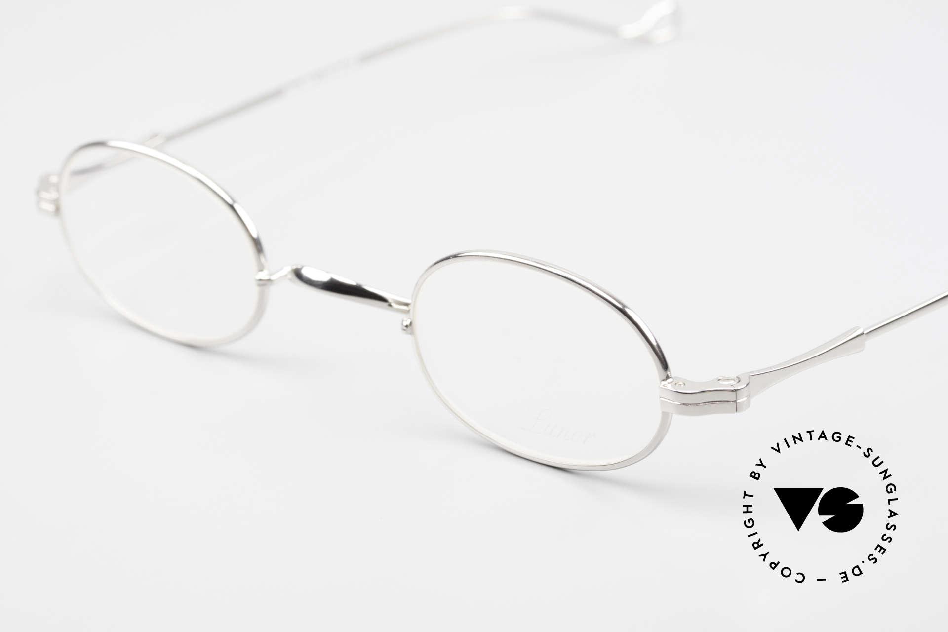 Lunor II 08 Kleine Ovale Lunor Brille, bekannt für den W-Steg und die schlichten Formen, Passend für Herren und Damen