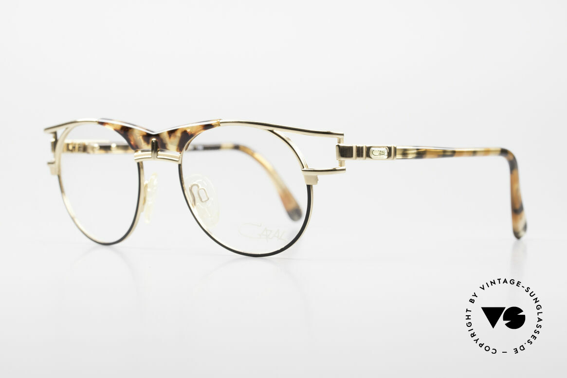 Cazal 244 90er Vintage Brille Panto Stil, typische Farbkombination für die damalige Zeit, Passend für Herren und Damen