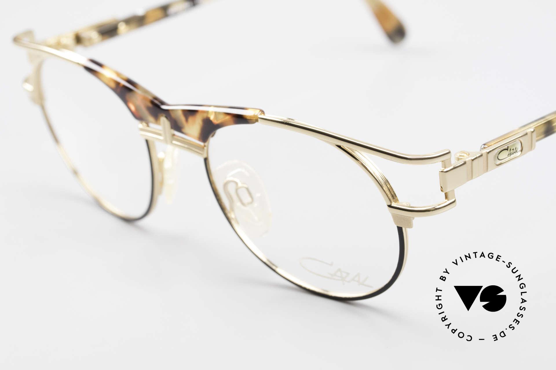 Cazal 244 90er Vintage Brille Panto Stil, ungetragen (wie alle unsere 90er vintage Cazals), Passend für Herren und Damen